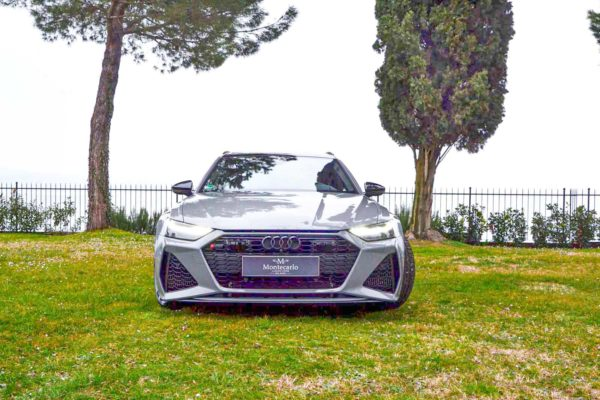 Rent Audi RS6 Model 2020 (13)
