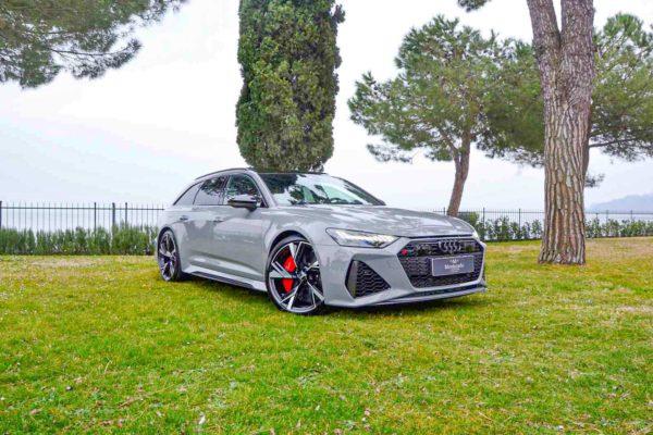 Rent Audi RS6 Model 2020 (14)