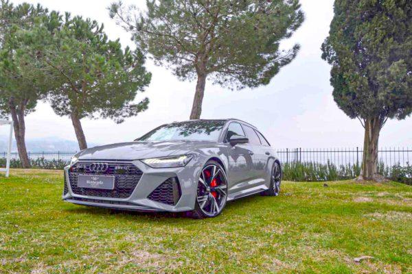 Rent Audi RS6 Model 2020 (15)