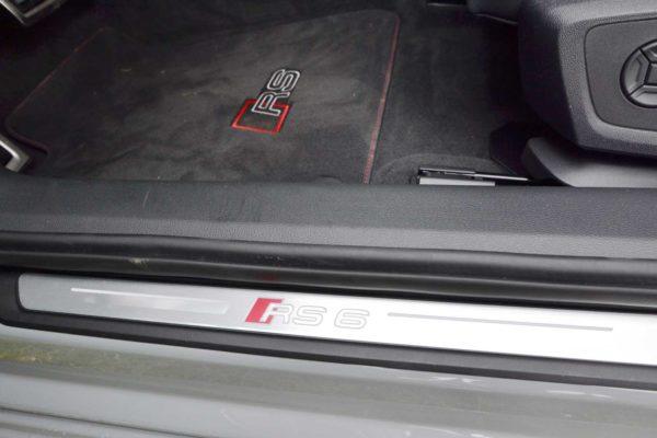 Audi RS6 2020 Exotic Rent Car