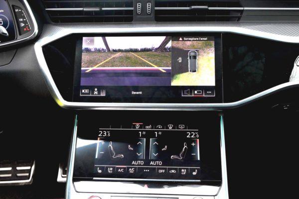 Rent Audi RS6 Model 2020 (7)