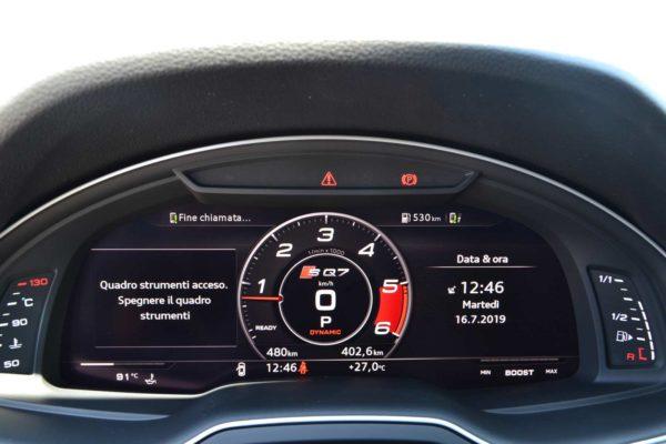 Rent Audi SQ7 7 Seats